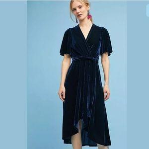 Anthropologie • Donna Morgan Fiorenza Velvet Dress